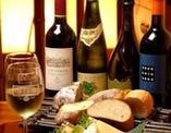 最近は焼酎・日本酒のほか、 鰻とワインの組み合わせが人気。