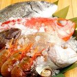 旬魚のお刺身は料理長が目利きた季節の新鮮な魚を使用【宮城県】