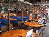 ルイジアナの海老漁の漁師小屋を イメージしたお洒落な雰囲気☆