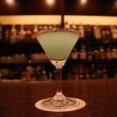 E's Bar(イーズバー)