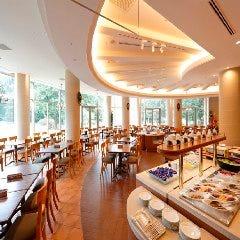 レストラン セントロ フォレスト・イン昭和館