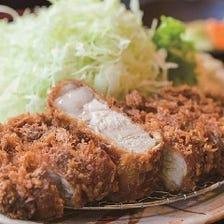 「和豚もちぶた」の厚切りロースかつ定食