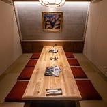 店内1室のみの特別な掘りごたつ個室は、6~8名様まで利用可能