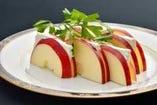 りんごと道産クリームチーズのハーモニー