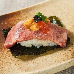 和牛肉寿司2貫