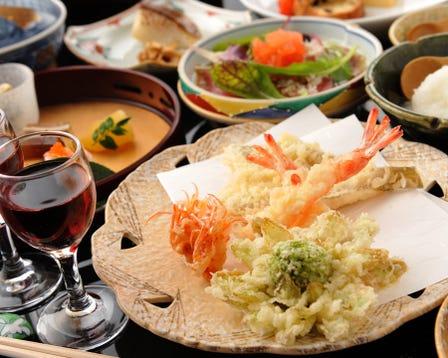 Tsunahachi Tsunohazuan