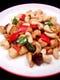 鶏肉カシューナッツ炒めや一品料理が50種類以上!