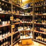 世界各国のワイン100種類以上の品揃え