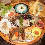 ランチ!なぎの木膳!御飯、お味噌汁おかわり自由で、お値段据え置き1000円(税込)