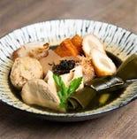 文次郎自慢の出汁で炊いたおでんは当店一番人気!