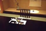 数寄屋造りの日本間で優雅な一時をお過ごし下さい