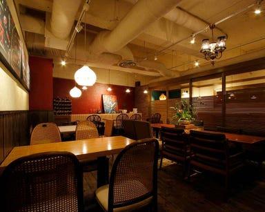 俺のワイン酒場 (山本のハンバーグ) 店内の画像