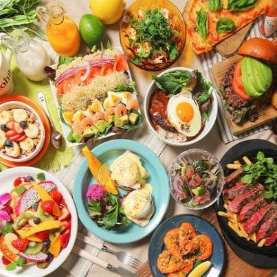 本格的なハワイ料理をお楽しみください。