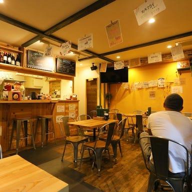 多国籍バール HAL BAL (ハルバル) 二宮駅前店 店内の画像