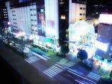 夜の広瀬通りを見下ろしながら。