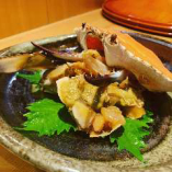 旬の食材を使った一品料理も日替わりでご用意しております。