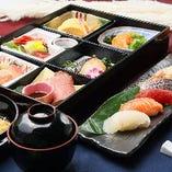 上質な和食が手軽に味わえる松花堂弁当も、ランクを変えて3種ご用意。ツアー時のランチにも最適です