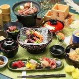 和食をお楽しみいただける懐石コースも通年ご用意