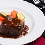 【ベルギー郷土料理】牛肉のカルボナード
