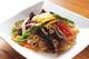 韓国春雨を野菜などと一緒に甘辛く炒めたのがチャプチェ。