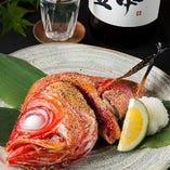 旬魚は焼魚や煮魚でご提供いたします