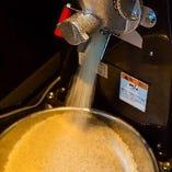 精米したてのお米を炊きます