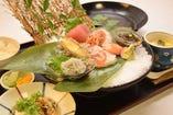 美味しい魚を楽しんでいただきたいから。ランチはお得にご提供!