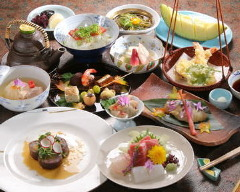 日本料理 花万