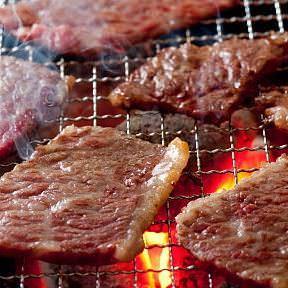黒毛和牛で贅沢な焼肉ランチを満喫!
