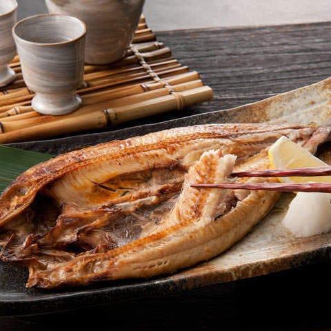 魚介を使用した数々の逸品が勢ぞろい