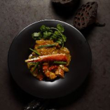 タラバ蟹とソフトシェルクラブのプーパッポンカリー