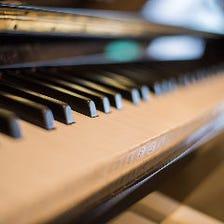 カラオケ、ピアノ、モニター等無料♪