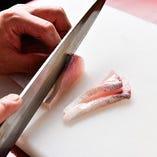 【新鮮魚介】 築地から届く旬の鮮魚を様々な調理方法でご提供