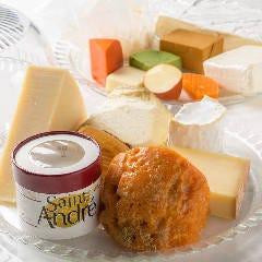 世界のチーズ盛り合わせ(全24種類)