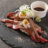 肉寿司(和牛炙り)