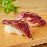 馬炙り特上カルビ寿司