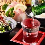 飲み切りサイズが嬉しい!全国より多彩な日本酒を取り揃え!