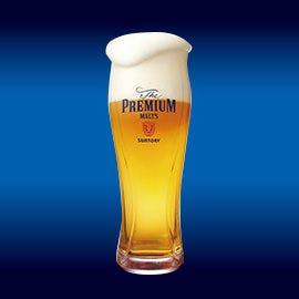 ビールマイスターが注ぐと、きめ細やかな泡まで美味しい一杯に