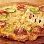 チーズた〜っぷりミックスピザ