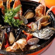 渡りガニと魚貝のアクアパッツア