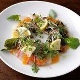 【朝獲れ】目利きが選んだ産直魚貝料理。東京駅近の地中海バール
