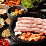 人気の『サムギョプサル食べ放題コース』で自慢の逸品を堪能!