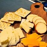 本日チーズ4種盛り