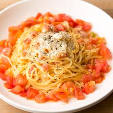 【ランチはトマト食べ放題!】日替りパスタランチ