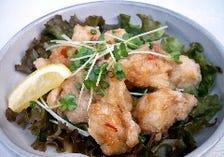 鶏の唐揚げ-サンバル風味