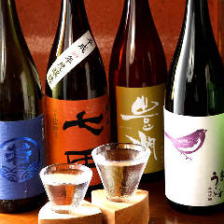 コース+500円で日本酒全銘柄飲放題