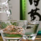 地酒や全国の銘酒を季節替わりで厳選!美味しい和食とどうぞ