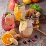 ビタミンたっぷりレモン&健康効果抜群の生姜を使ったオリジナルレモネード