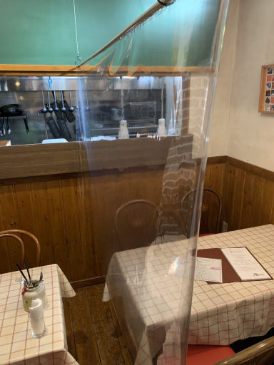 燻製バル 燻ttone  店内の画像
