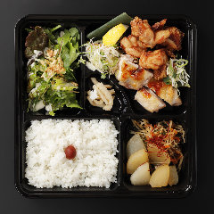 【夜定食】津軽鶏定食のお弁当